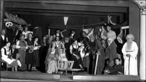 A. Brigaderes lugas Princese Gundega un karalis Brusubārda izrādes dalībnieki. 1933.g.