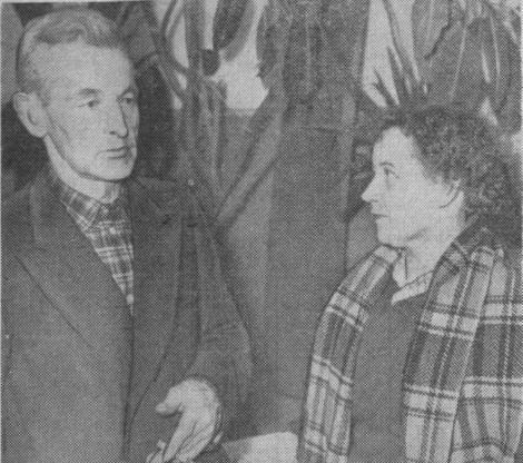 """J.Glāzers, S.Sproģe (foto no laikraksta """"Padomju zeme"""""""